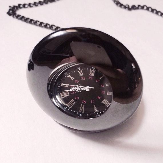 Свадьба - Black Skeleton pocket watch engravable Groomsmen gifts VSQ010