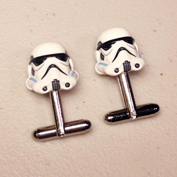 Свадьба - Groomsmen Gifts, Wedding, Storm Trooper silver toned cufflinks in gift box