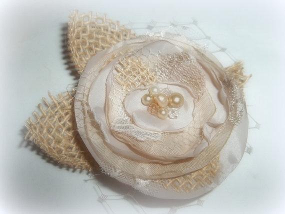 Hochzeit - Wedding Fascinator, Champagne Hair Clip, Burlap Wedding, Floral Hair Clip, Bridal Hair Clip, Boho Wedding, Rustic Wedding, Burlap Hair Clip