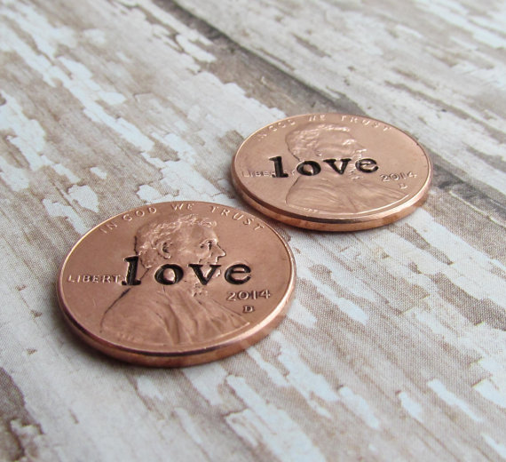 Hochzeit - Penny For Her Shoe Wedding Day Lucky Pennies Charm for Bride Groom No Hole Any Year 1950 to 2015 Set of 2