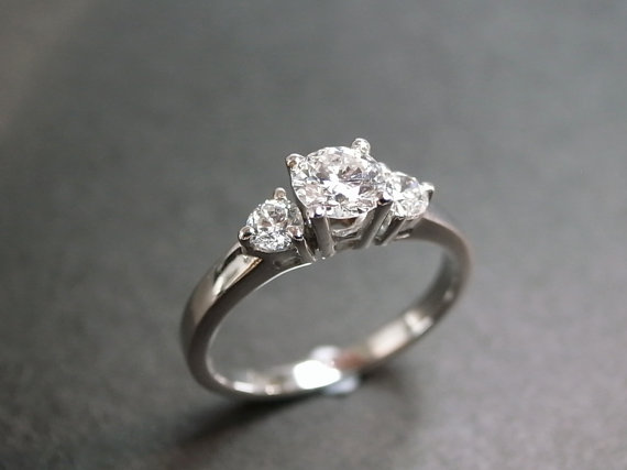 زفاف - Three Stone Diamond Wedding Engagement Ring in 18K White Gold