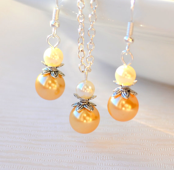 Mariage - Yellow Bridesmaids necklace and earrings set beaded jewelry Bridesmaids gift set jewelry wedding party necklace earrings Flower girl gift