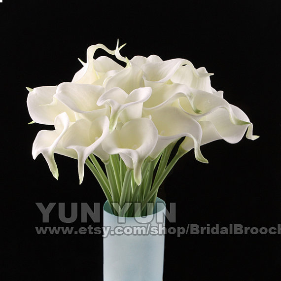Свадьба - Calla Lily bouquet  White 20pcs latex Real Nature Touch Flowers Bridal Bouquet Wedding Bouquet with Scent  the same as real flower for DIY