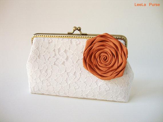 زفاف - Bridal Accessories / WEDDING Lace Clutch / Fall Wedding / Barn inspired / woodland flower/ Rustic Fall Wedding Ideas