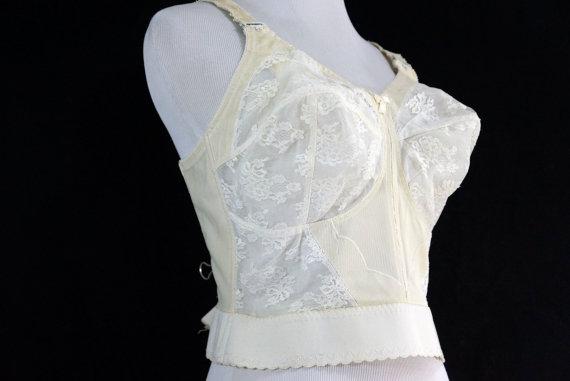 Hochzeit - 1960s Long Line Bullet Bra Cone White Lace 36D 60s Vintage Lingerie