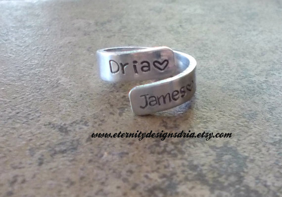 Hochzeit - Handstamped Personalized Couples wrap ring/name ring/heart/wedding ring/engagement ring/girlfriend/wife/friend ring
