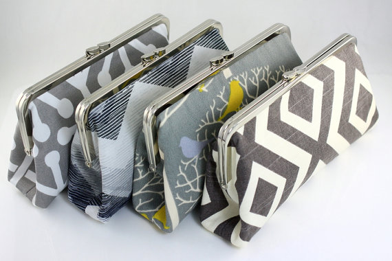 Mariage - Bridesmaid Clutches Choose your Fabric Grey / Wedding Gifts / Bridal Clutch / Purse for Wedding - Set of 4