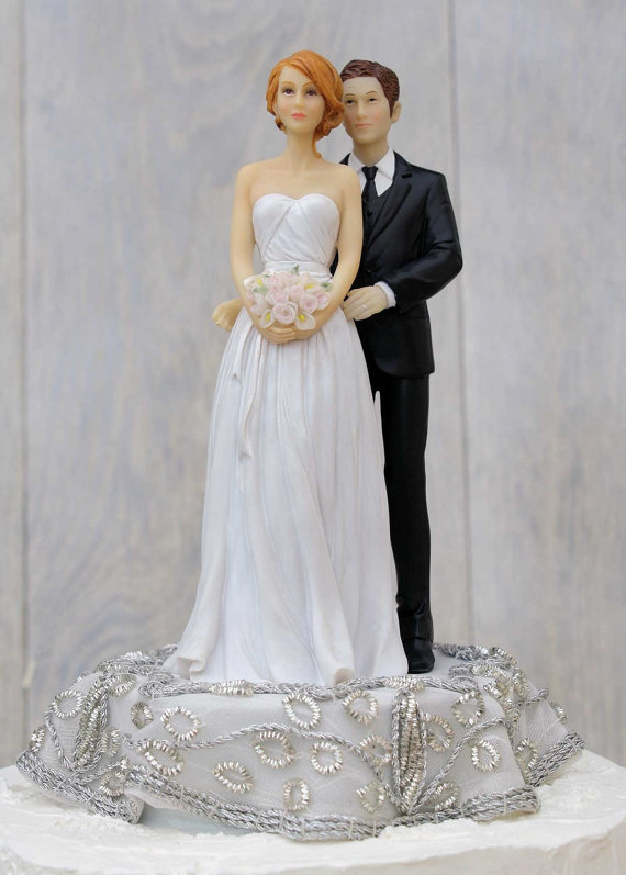 زفاف - Embroidered Silver Bride and Groom Wedding Cake Topper - Custom Painted Hair Color Available