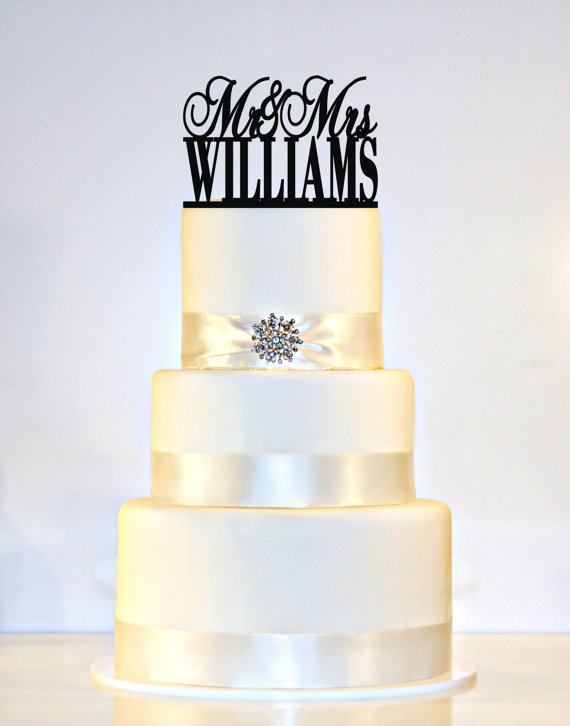 """Mariage - Wedding Cake Topper Monogram personalized with """"Mr & Mrs"""" and YOUR Last Name"""