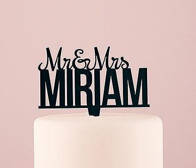 Свадьба - Personalized Last Name Wedding Cake Topper Black or White