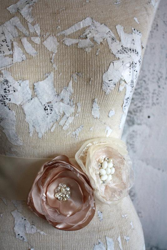 Wedding - Champagne sash, Champagne and lace wedding dress sash, champagne fabric flower dress sash