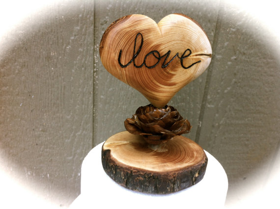 زفاف - rustic wedding cake topper wooden heart fall country forest pine cone weddings