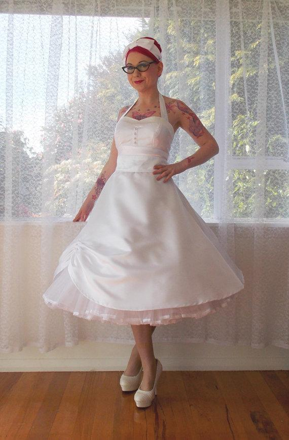 1950s Cecilia Pin Up Wedding Dress With Sweetheart Neckline And
