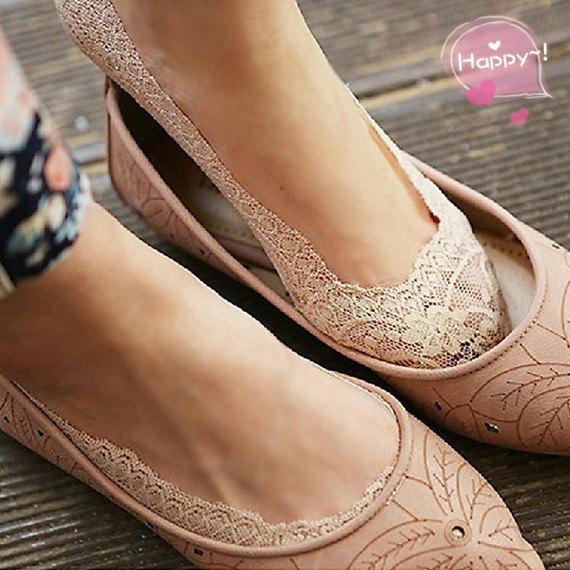 Wedding - Flirty Lace Boat Socks
