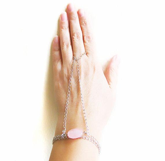how to make afinger chain hand braceet