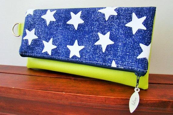 Mariage - Navy Fold Over Vegan Clutch, Navy Clutch, Navy Start Clutch, Navy Wedding, Bridesmaid Clutch, Nautical Wedding Clutch, Vegan Leather Clutch