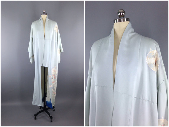Assez Vintage Kimono / Silk Kimono Robe / Dressing Gown / Long Robe  XN24