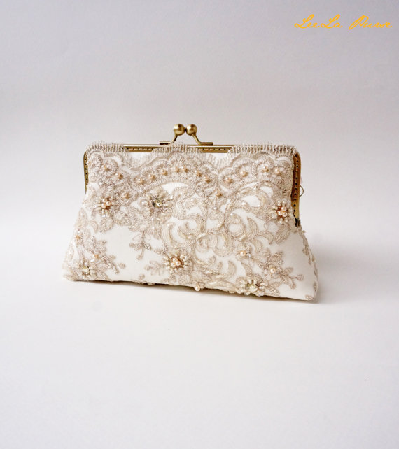 Свадьба - Elegant Wedding Beige Bridal Clutch, Fall wedding, Vintage inspired, wedding bag, bridesmaid clutch