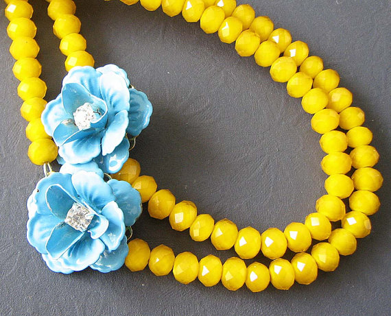 Hochzeit - Flower Necklace Bridesmaid Jewelry Yellow Necklace Turquoise Jewelry Double Strand Beadwork