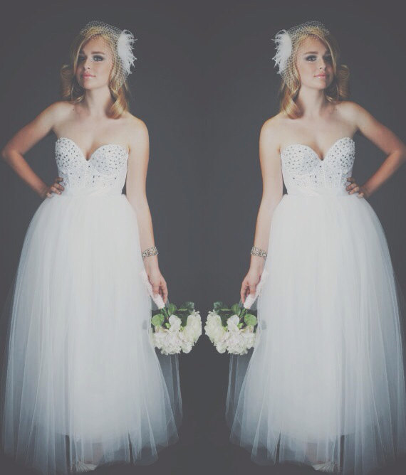 Свадьба - The Diamonds and Pearls Bridal Bustier/Corset and Wedding Skirt in Tulle White Dress