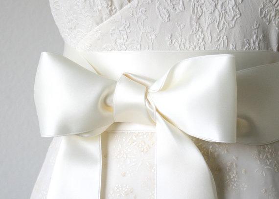 Wedding - Ivory Bridal Sash, Ivory Wedding Dress Sash, Ivory Ribbon Belt, 2.75 Inches Wide