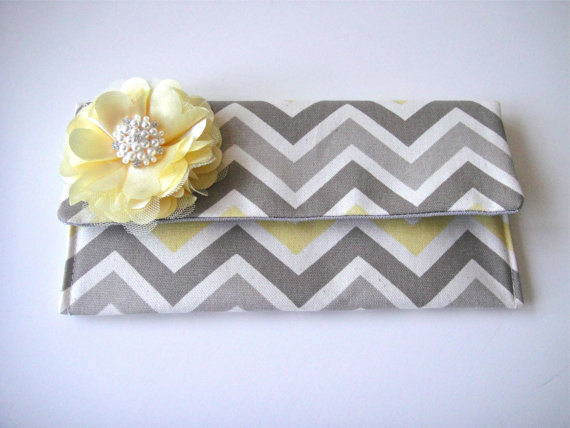 Mariage - Bridesmaids Clutch In  Chevron, Wedding Clutch, Fold Over Clutch, Bridesmaids Accessories