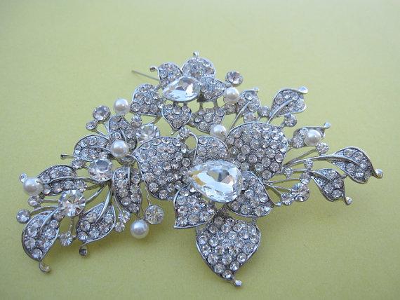 Wedding - bridal brooch pin wedding accessory bridal accessory wedding hair jewelry bridal jewelry brooches wedding jewelry brooches wedding belt