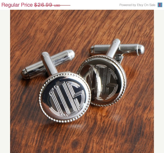 Свадьба - On Sale Groomsmen Gifts - Personalized Cufflinks - Silver Round Beaded Cufflinks (202)