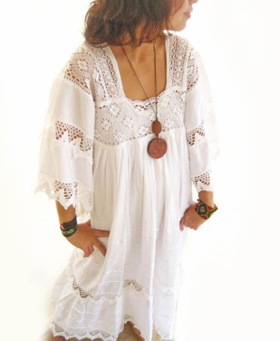 Boda - White Romantic Mexican Natural Maxi Dress Vintage Excellent Condition Hippie Fairy chic Bohemian wedding dress