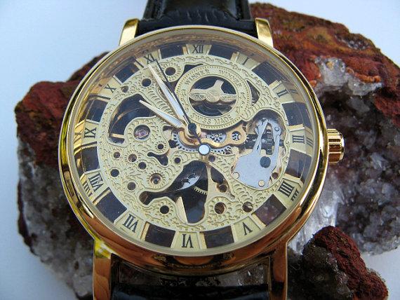Свадьба - Goldtone Mechanical Wrist Watch with Black Leather Wristband, Steampunk - Groom - Groomsmen - Watch - Item MWA384