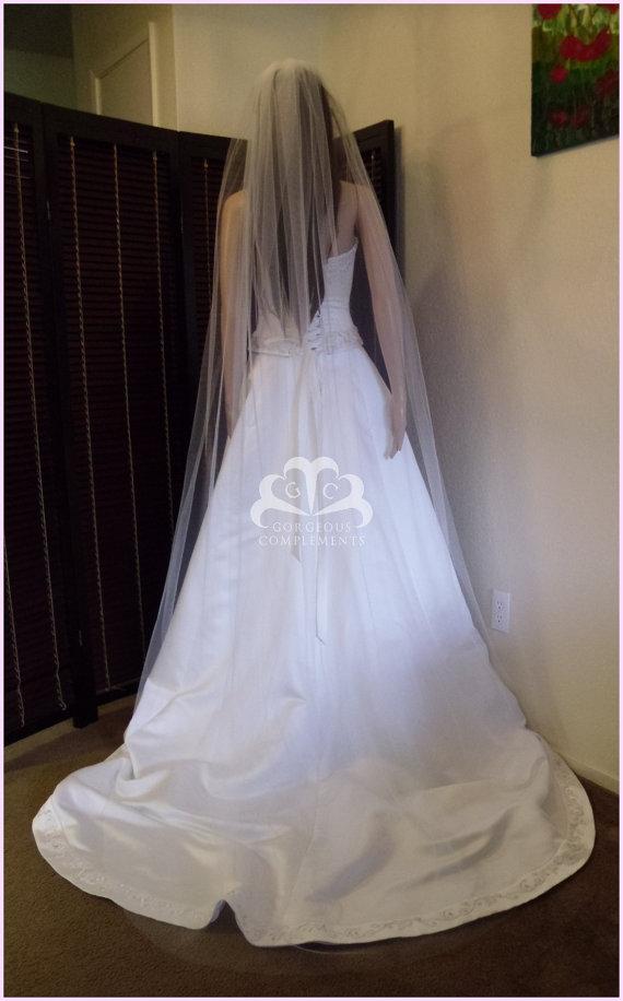 "Свадьба - Chapel Wedding Veil Single Tier Standard Fullness 70"" Cut Edge CE90X70"