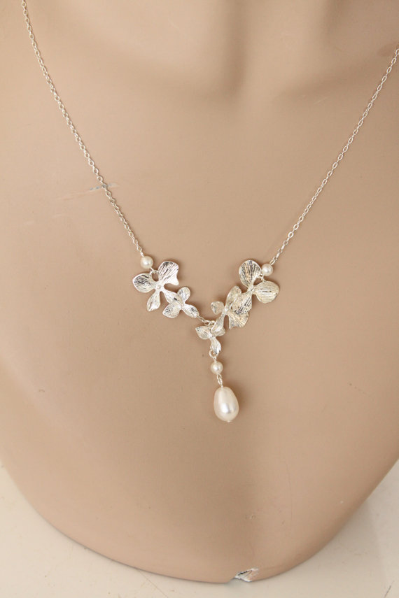 Mariage - Orchid Wedding Necklace with Swarovski Pearls,Bridesmaid Jewelry, Bridal Jewelry