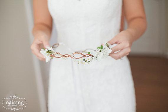 Hochzeit - wedding headband, Bridal Flower hair, wedding accessories, wedding headpiece,  Headband, head wreath, hair accessories, flower girl