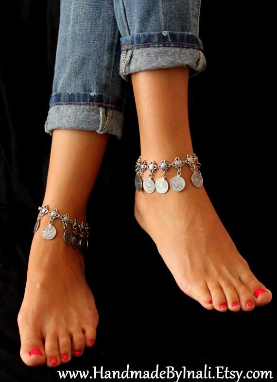 Mariage - Turkish Floral and dangle replique coins Anklet Gypsy Hippie Vintage look Beach wedding foot jewelry By Inali
