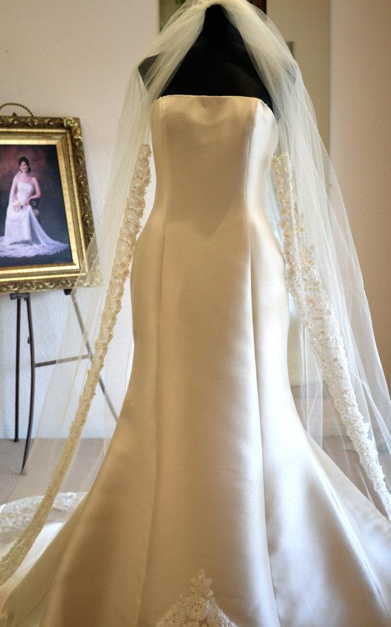 زفاف - Ivory Cathedral Veil, Cathedral Mantilla Veil, Cathedral Length Wedding Veils, Wedding Veils Mantilla - Ivory - Floral, Beaded, Embroidered