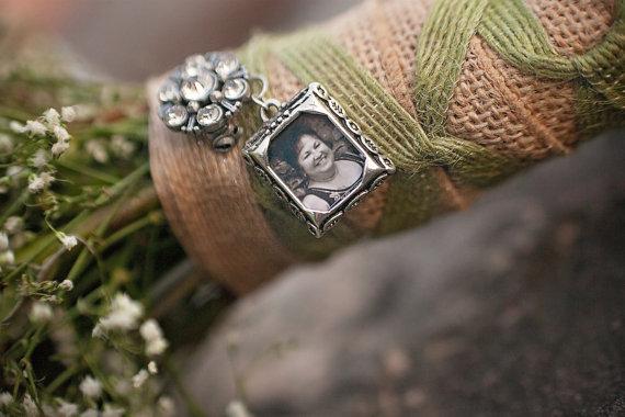 Свадьба - Vintage Inspired Rectangular Wedding Bouquet Pin (Dressed Up)
