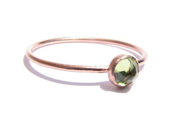 Mariage - Peridot & Solid Rose Gold Ring - Stacking Ring - Thin Gold Ring - Engagement Ring - Green Gold Ring - Faceted Peridot Ring - MADE TO ORDER.