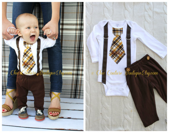 Hochzeit - Baby Boy Tie and Suspenders Bodysuit w Personalization & Chocolate Brown Pants w Buttons. Birthday Outfit. Spring Easter Plaid