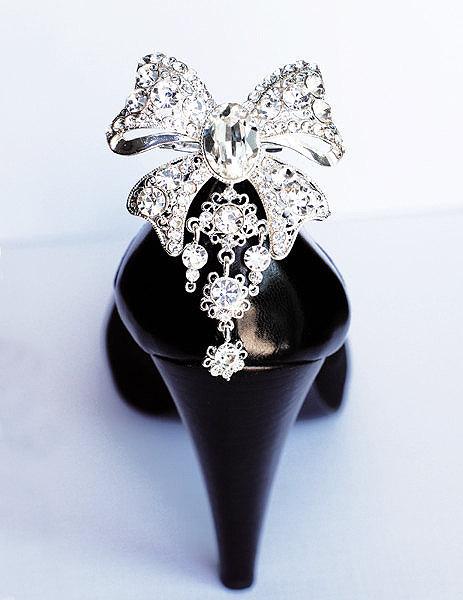 Bridal Shoe Clips Crystal Rhinestone Wedding Party Ribbon Bow Set Of 2 Sc037lx