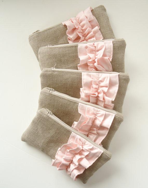 Mariage - Set of 5 - Blush Pink Linen Burlap Ruffle Zipper Clutch - Bridesmaid Gift - Blush Wedding