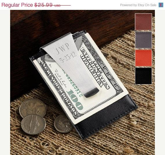 Свадьба - On Sale Groomsmen Engraved Leather Money Clip Wallet  and Credit Card Holder (210)