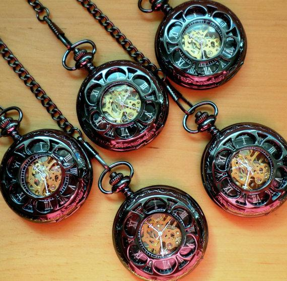 Свадьба - Pocket Watch Set of 5 Classic Black Mechanical with Vest Chains Groomsmen Gift Set Wedding Party Gift Grooms Corner Ships from Canada