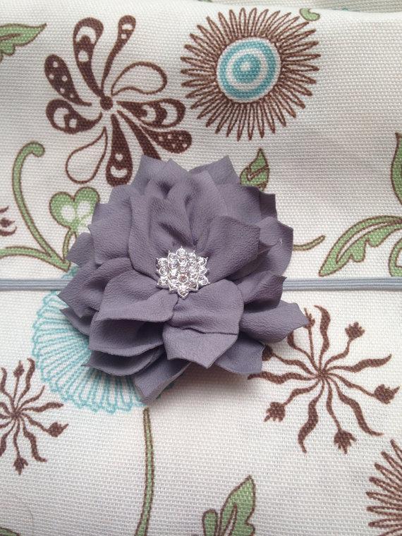 Свадьба - Grey flower headband - Silver lotus Flower on gray skinny Elastic Headband baby toddler child women teen wedding flower girl family pictures