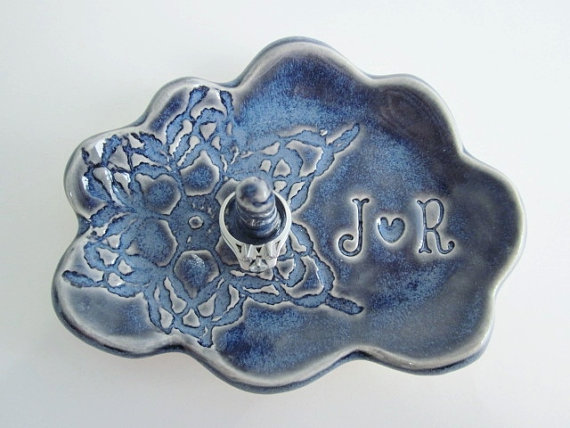 Свадьба - Mr.and Mrs. ring holder, Cloud monogram ring dish, engagement gift for couples, Ceramic pottery