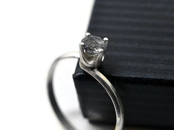 Mariage - 5mm Tourmalinated Quartz Ring, Natural Jewel Engagement Ring, Clear Gemstone, Tourmalated Quartz Jewelry, Black Rutile Quartz, Artisan Ring