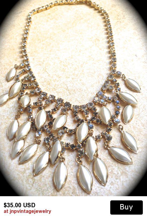 Свадьба - Runway Pearl Statement Necklace, Chunky Bridal Necklace, Wedding Jewellery Choker White Pearls Crystal Rhinestone Neckla