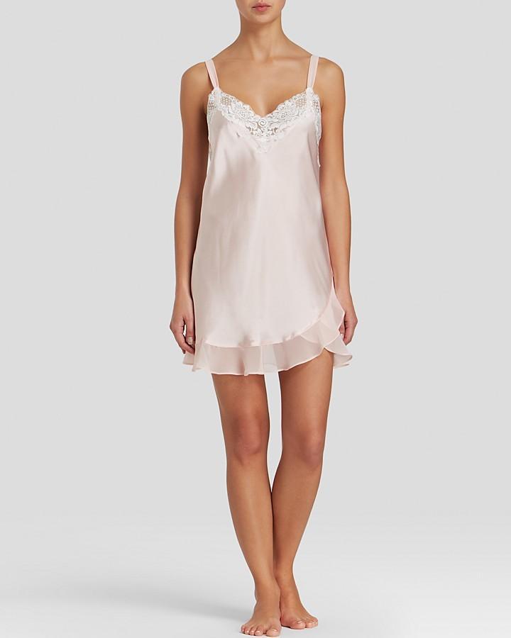 Oscar De La Renta Pink Label Always A Bride Chemise #2236431 - Weddbook
