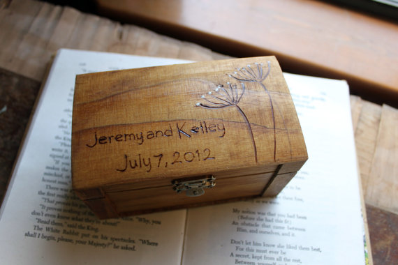 Hochzeit - Rustic Woodburned Ring Bearer Box - Queen Annes Lace