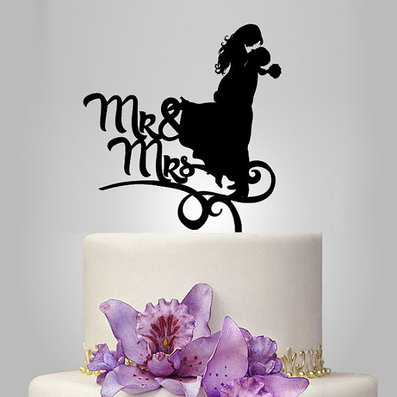Mariage - bride and groom silhouette cake topper, monogram cake topper, funny acrylic cake topper, wedding cake decoration, unique wedding cake topper