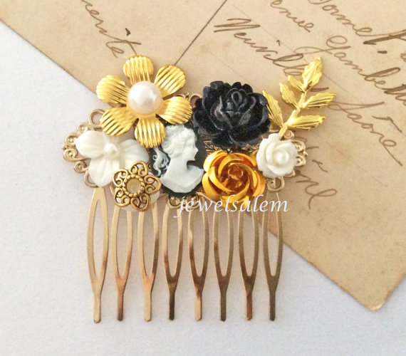 Свадьба - Gold Hair Comb Wedding Bridal Hair Accessories Victorian Head Piece with Leaf Black White Vintage Style Pearl Flower The Great Gatsby JW